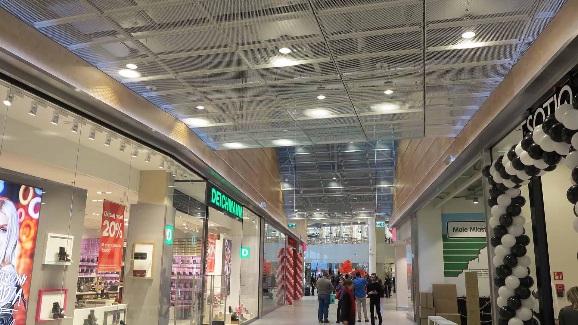 Centrum handlowo-usługowe Skende –wnętrza ogólnodostępne